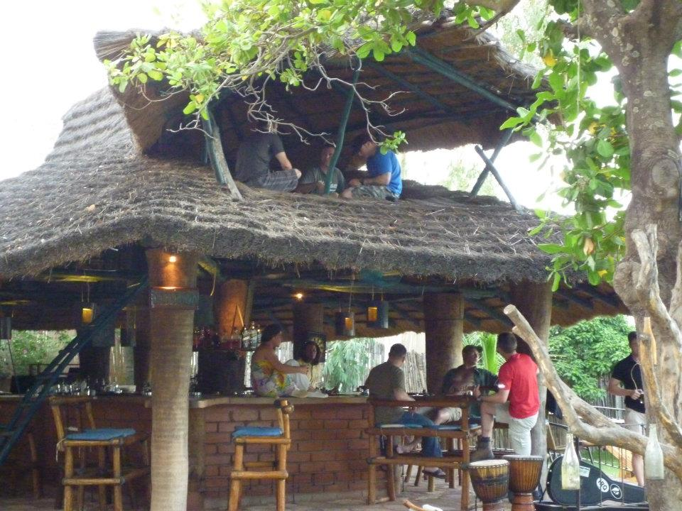 Le bar du BadaLodge à Bamako
