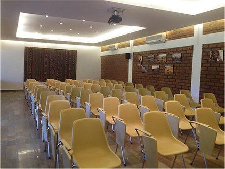 La salle de conférence du BadaLodge à Bamako